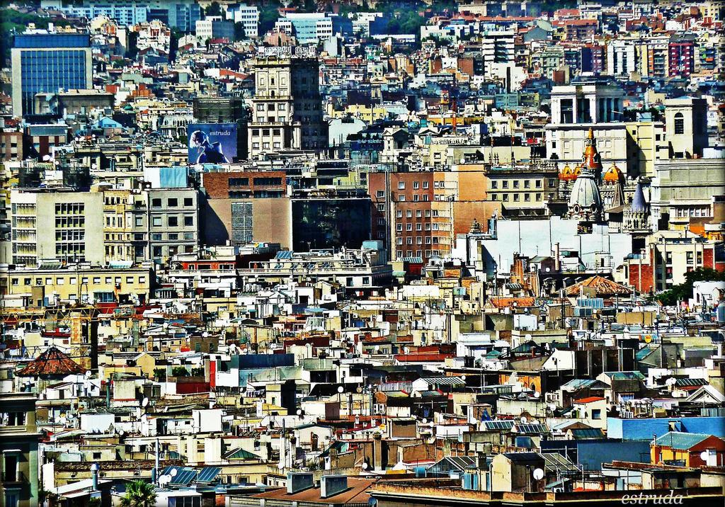 Urban Jigsaw by Estruda