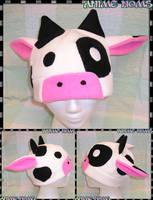 Fleece Cow Hat by AnimeNomNoms