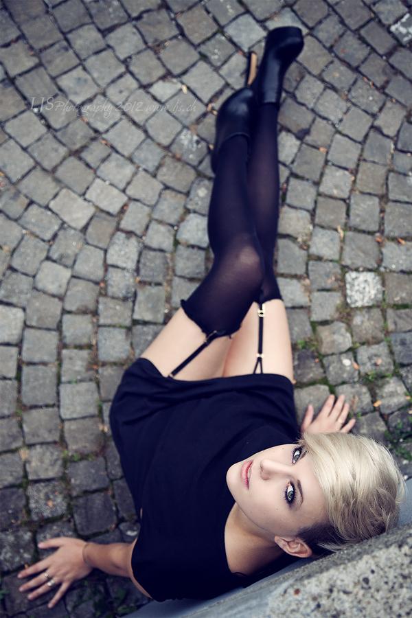 Fabienne III by LJS-Photo