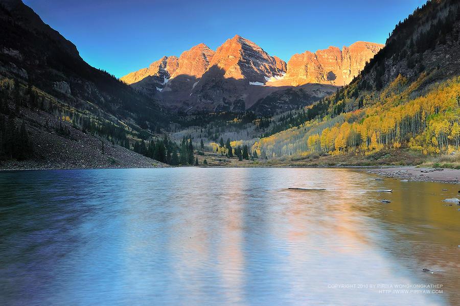 Morning at Maroon Lake by porbital