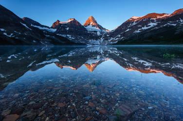 Canadian Rockies Reflection by porbital