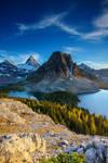 Mt Assiniboine from Niblet by porbital