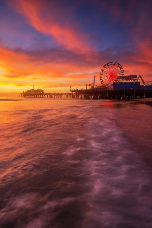 Sweet Santa Monica by porbital