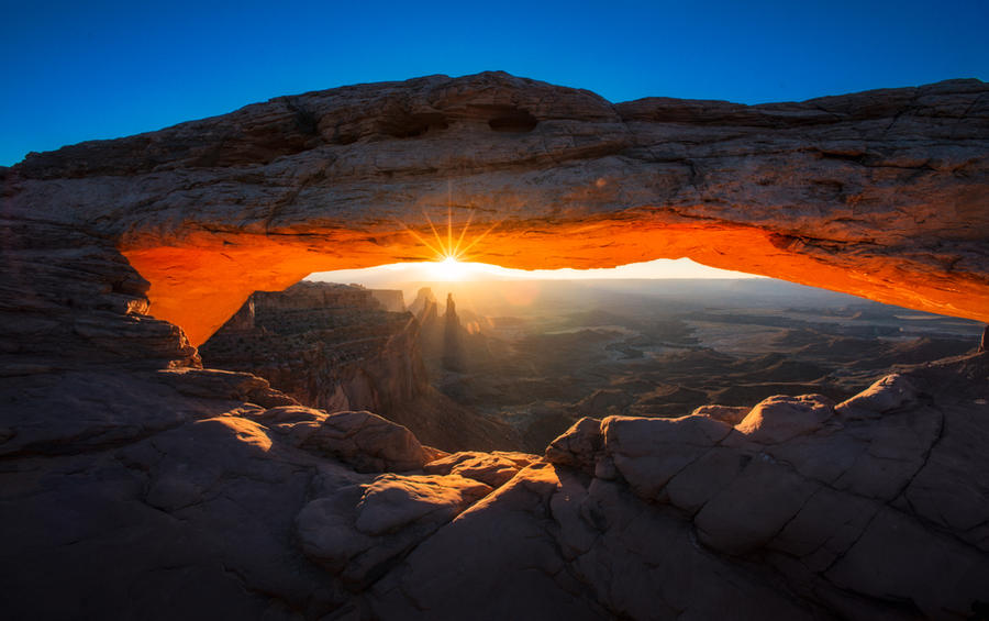 Mesa Arch by porbital