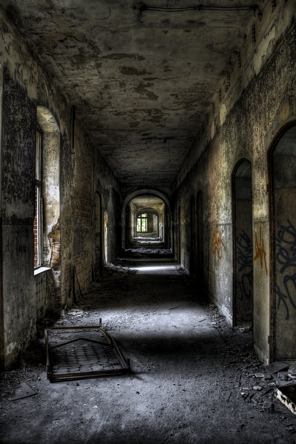 The Hallway by Alandil-Lenard
