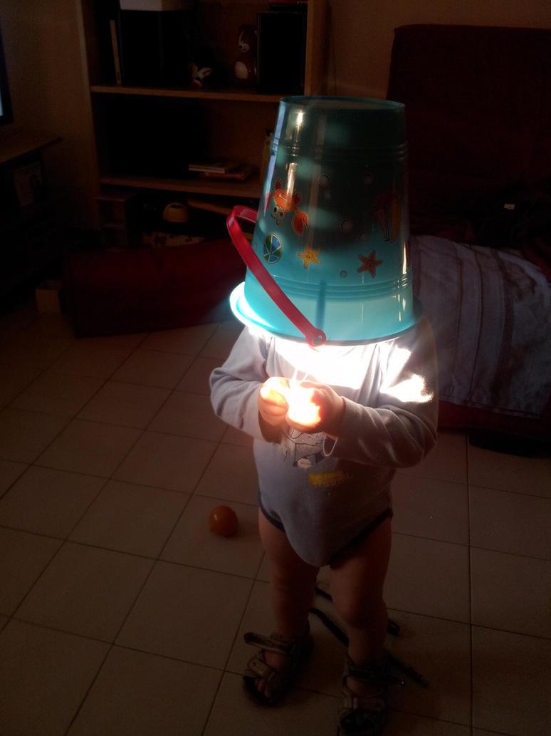 the human lamp by drommk