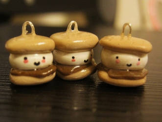 Smore charms by Licht-chan
