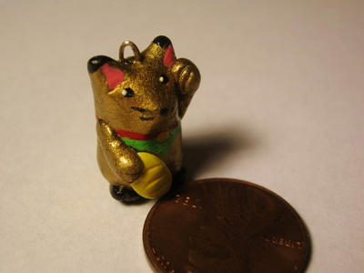 Golden Lucky Cat Charm