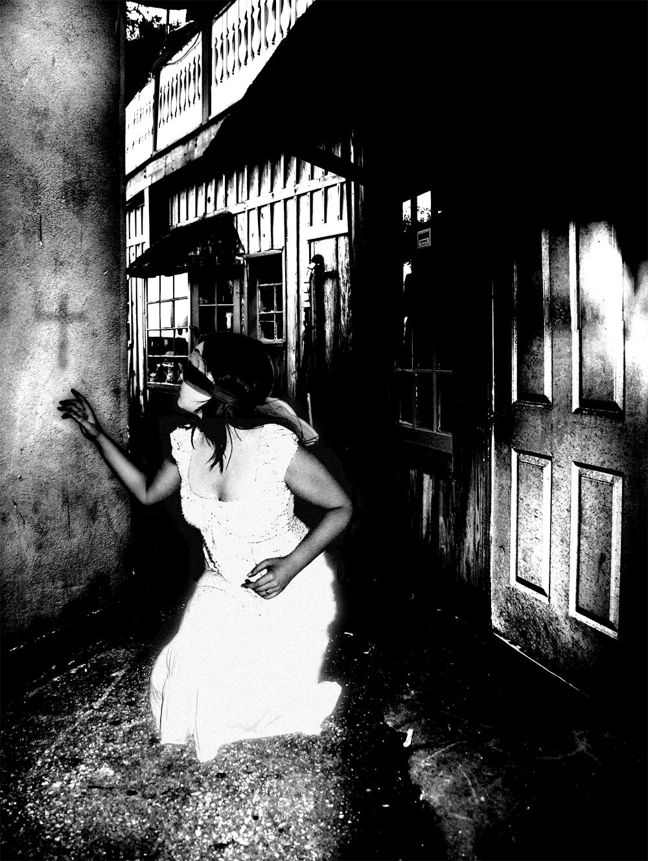 Back alley ghost by elmoue - G o T h i C MeLanKoLik