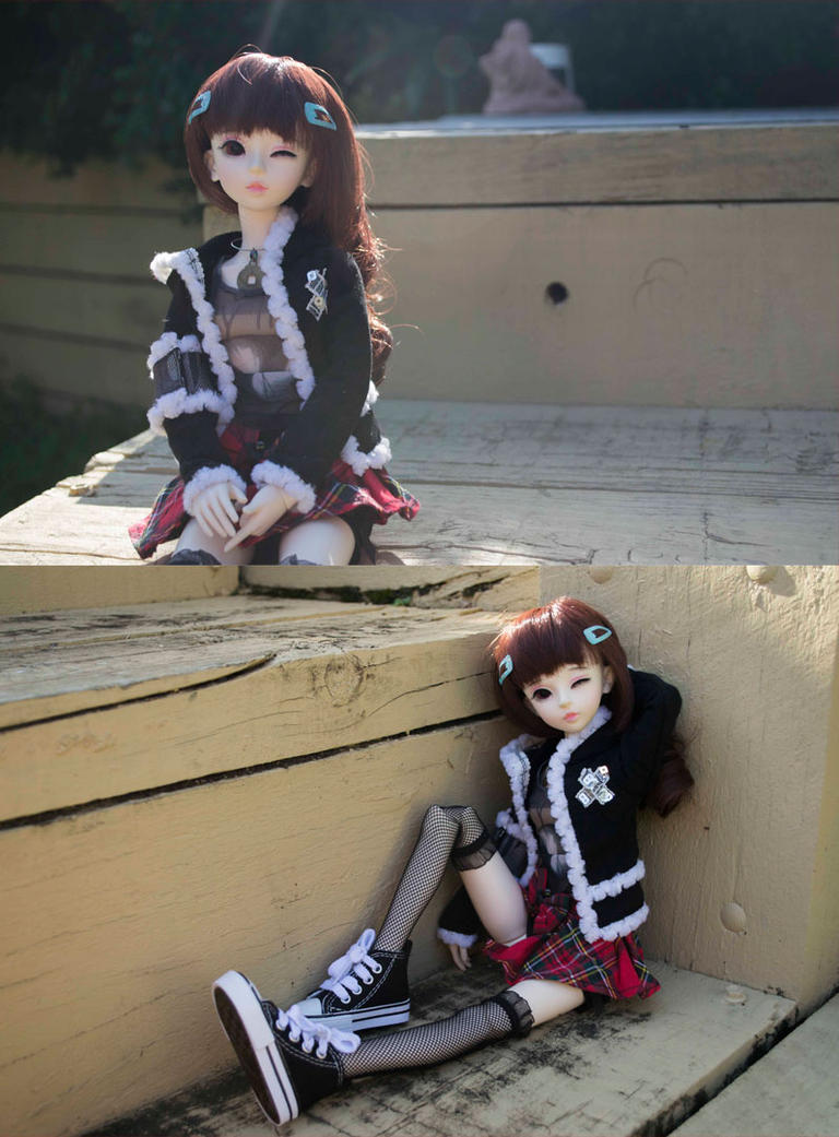 Miki's photo shoot BJD by Dreamer-of-darkness