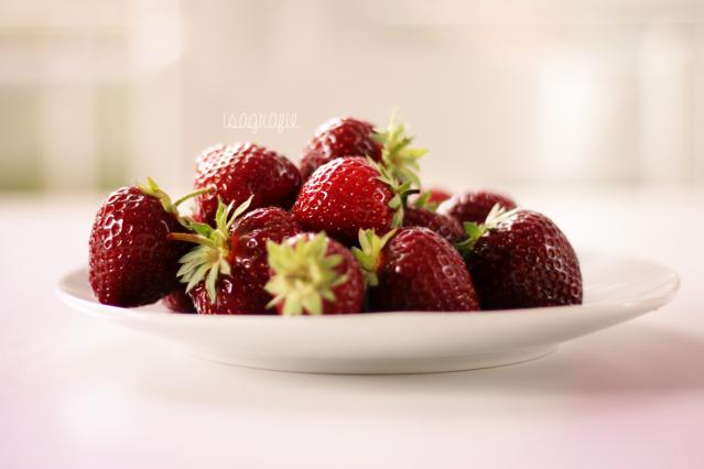 Yummy Strawberrys by Isagrafie