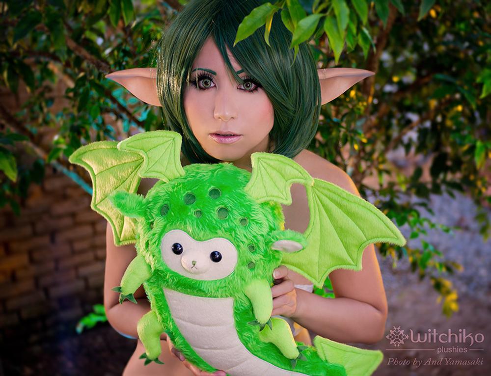 Alpaca Dragon and random elf by Witchiko