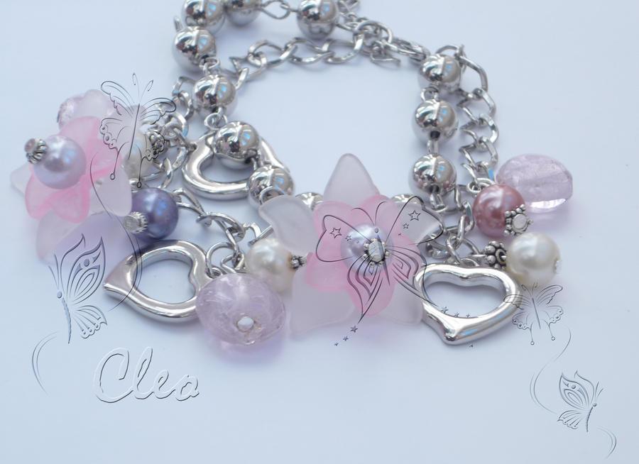 Rose bracelet by cleo72