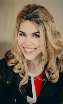 Rose Tyler Cosplay