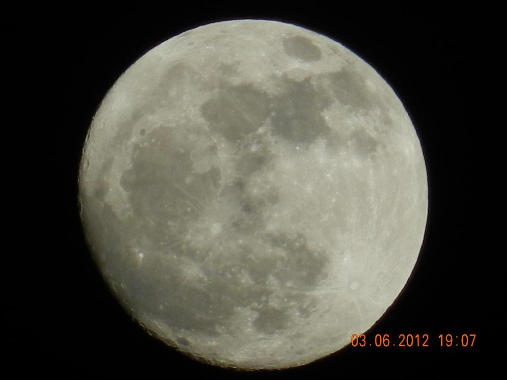 Full Moon Tonight New Camera by dcolb121 on DeviantArt