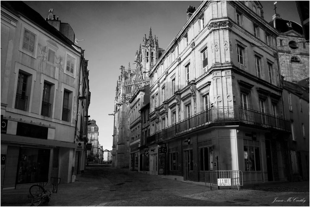 Rue d'Alencon by jdmcc