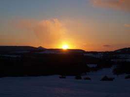 Snowy Sunset by SeanHC