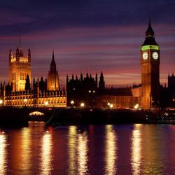 London at Night by Lady-Tori