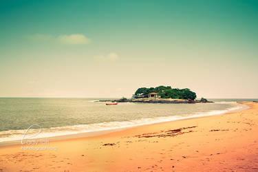 The Beach by Lady-Tori