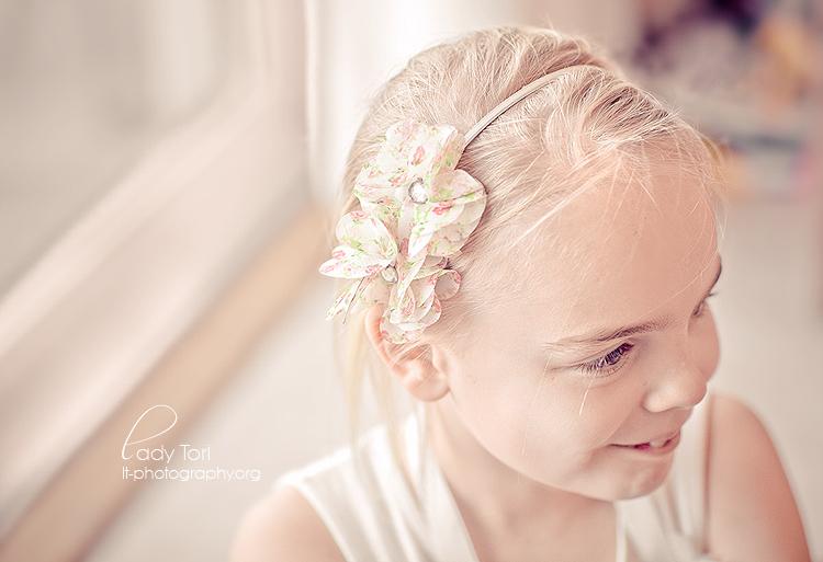 Cutie by Lady-Tori