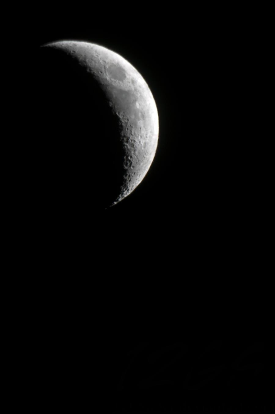 Moon by 12GSuper