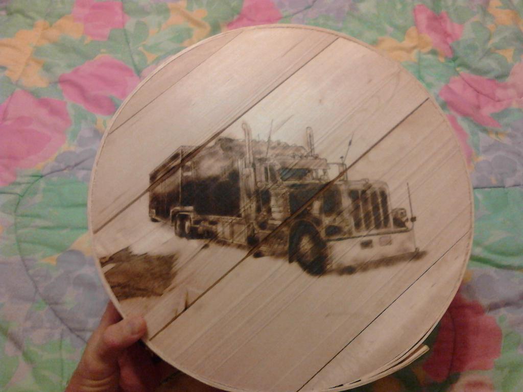 Peterbilt truck by doggie-dew
