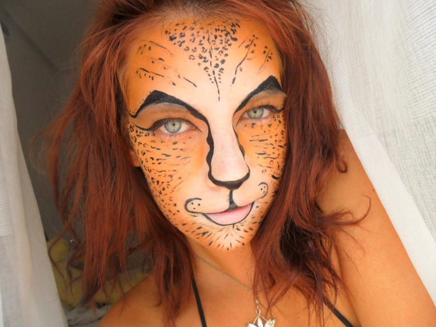 Cheetah Make up Maquillaje Gueopardo by Arisusandasu