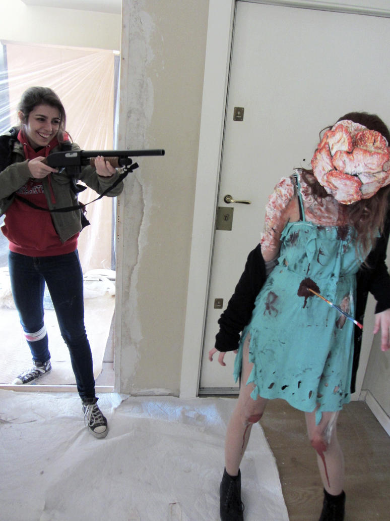 Ellie and Clicker cosplay The Last of Us by Arisusandasu