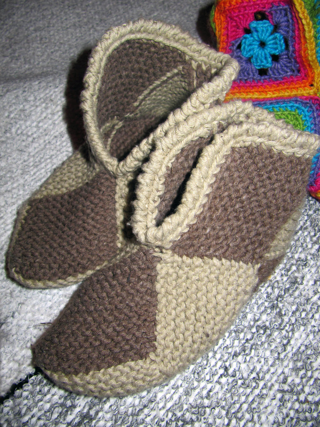 Knitting On The Net Slippers : Simple knitted slippers by coccis on deviantart