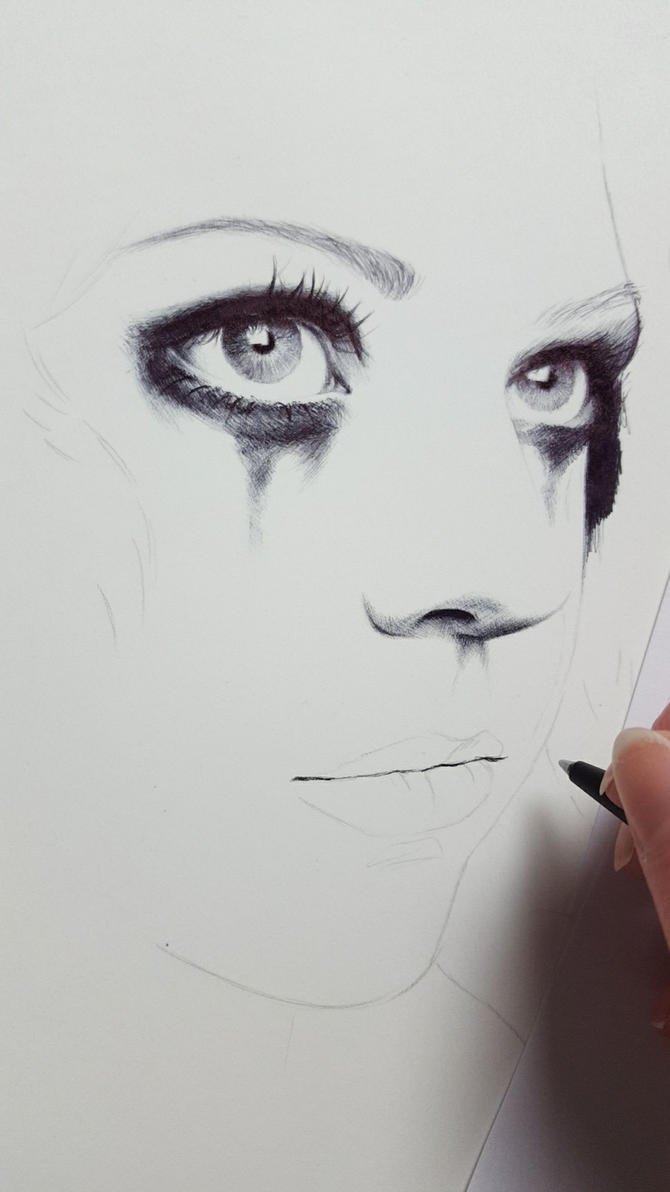 Eyes with ballpen wip by Zindy
