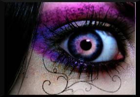 Questionable Eye by lovevlcj