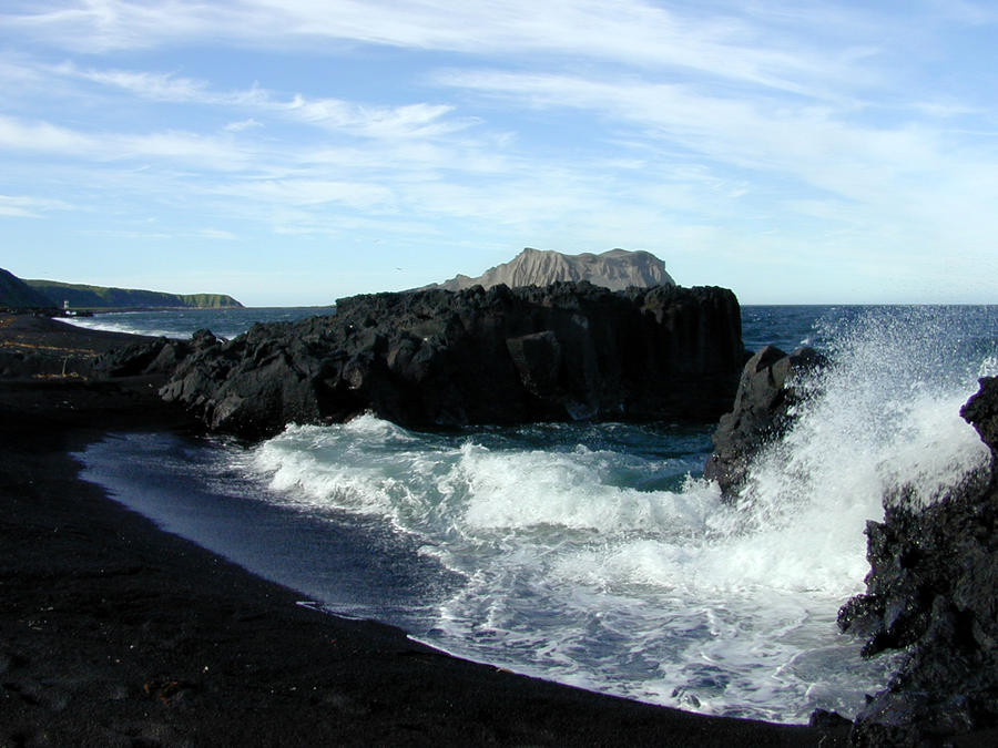 AL285: Black Lava Sand