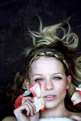 I bleed roses by motato