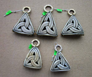 Triangle Knot pendant