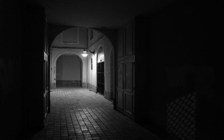 Behind the door by Pierre-Lagarde