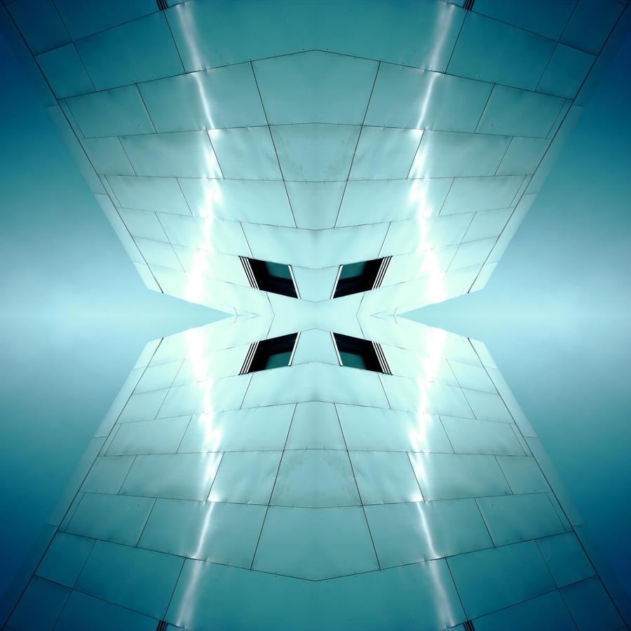 EleKtriKal Sun 2 by Pierre-Lagarde