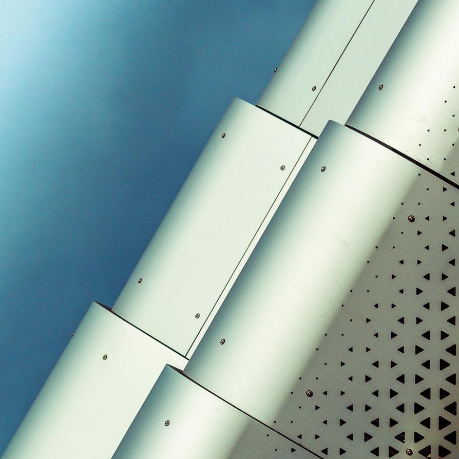 Sky-Robot 2 by Pierre-Lagarde