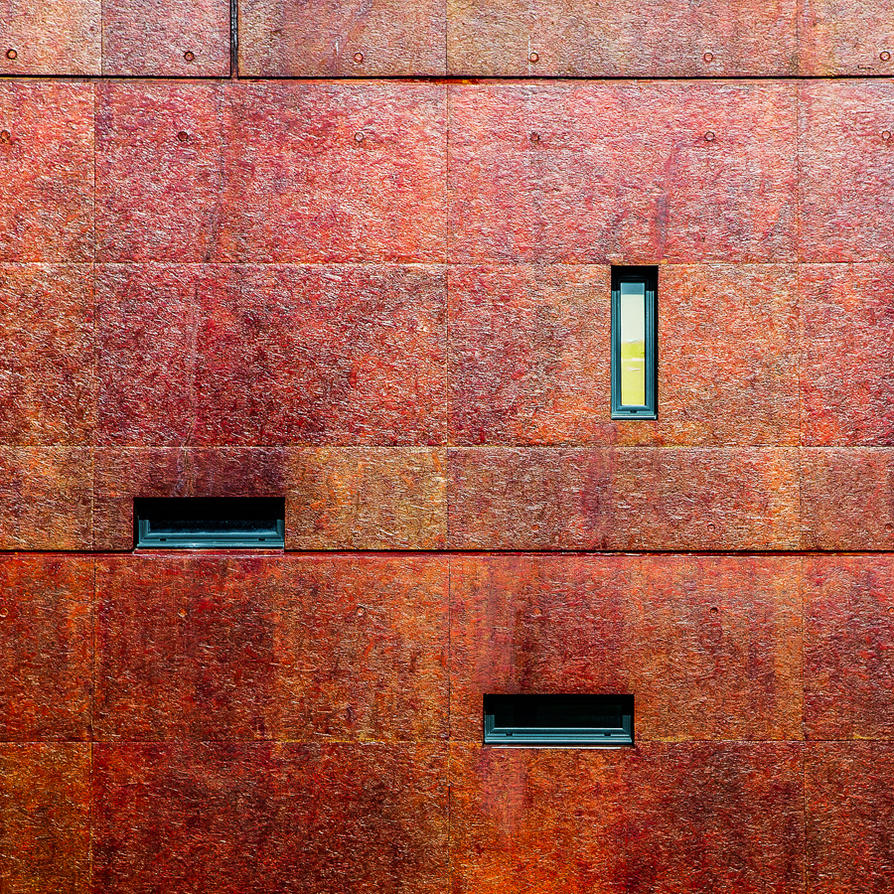 I'm the wall rust by Pierre-Lagarde