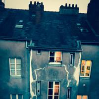 Grunge House by Pierre-Lagarde