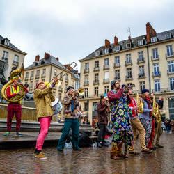 Fanfare Nationale des Accoutrements Colores II by Pierre-Lagarde