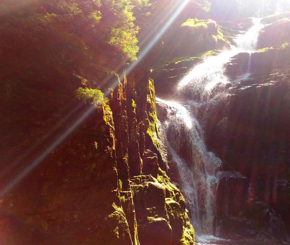 Waterfall in Karkonosze by Polin-Sam