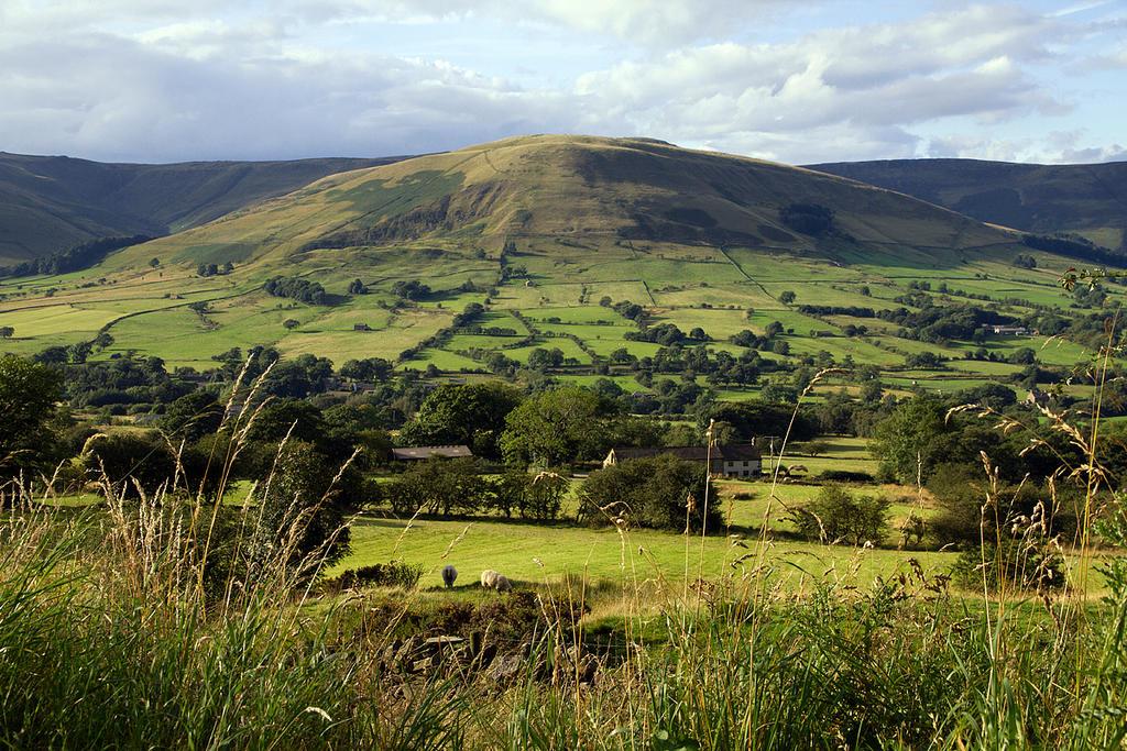 Peak Landscape by parallel-pam