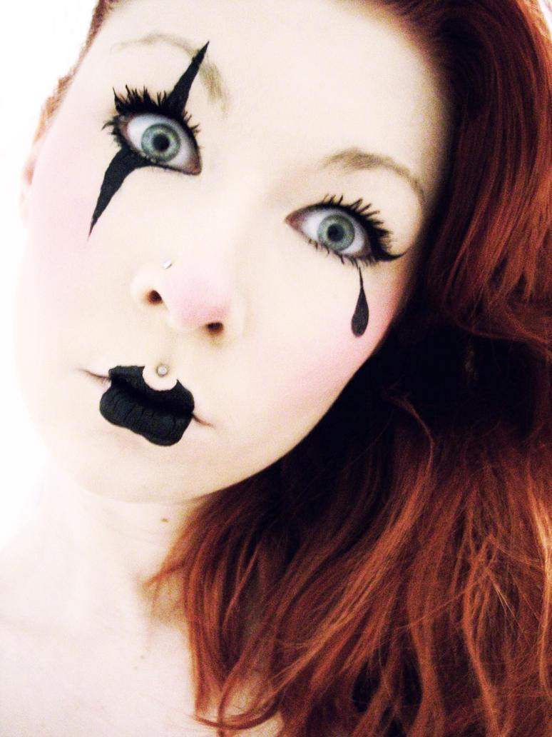 Clowny Clown Clown Thing by Jennybicky