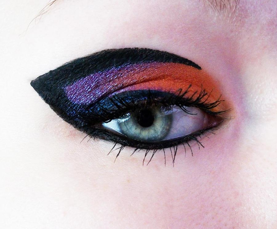 Eyeliner by Jennybicky