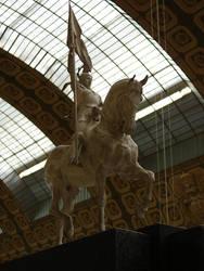 Jeanne statue by Cyklopi
