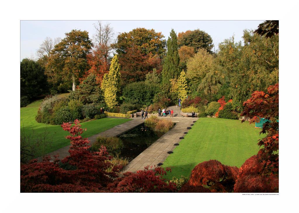 Golders Hill Park, London by sandor-laza