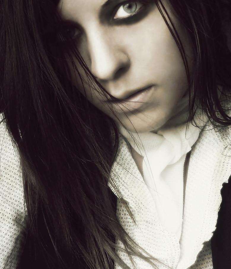 Vampire by Hizaan