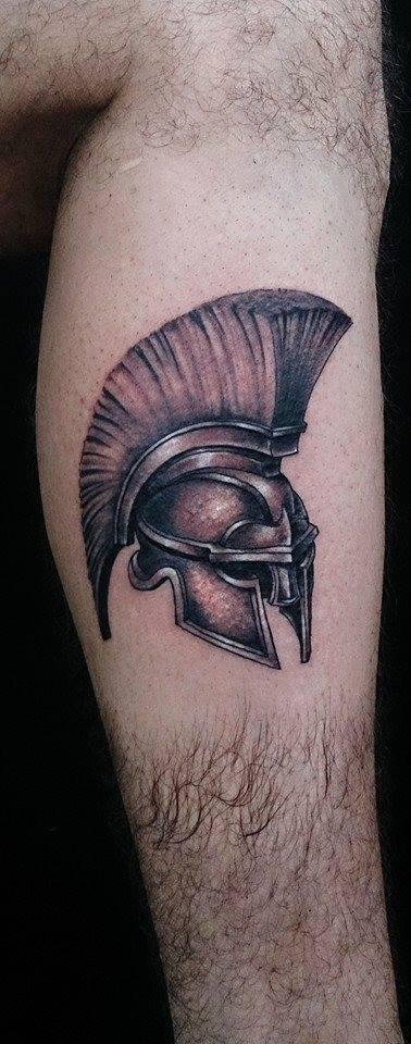 Spartan helmet by SapoTattoo