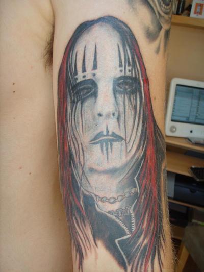 http://fc05.deviantart.net/fs21/i/2007/254/d/0/My_Joey_Jordison_Tattoo_by_26122006.jpg