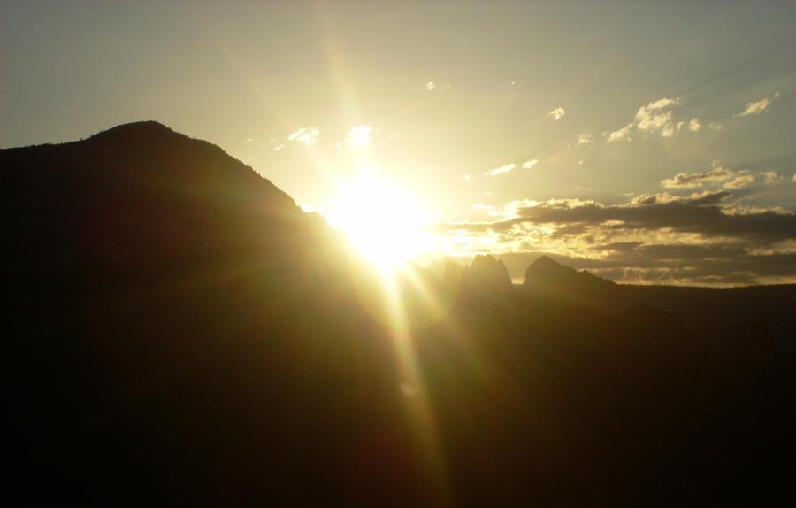 sunrise by Dionaya